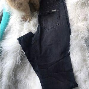 Jennifer Lopez 🙌skinny jeans size 4 faded blk